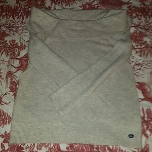 Abercrombie and Fitch Oatmeal Sweater